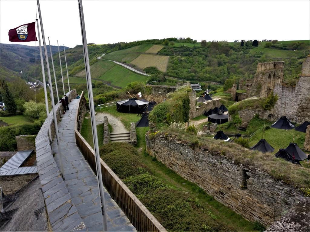 Fahnen Burg Rheinfels